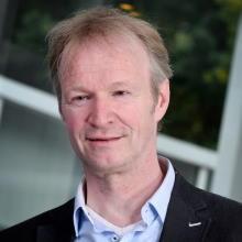 Dr. Chris Baten Roessingh